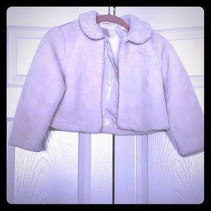 Gymboree 5-6 faux fur white jacket shrug coat